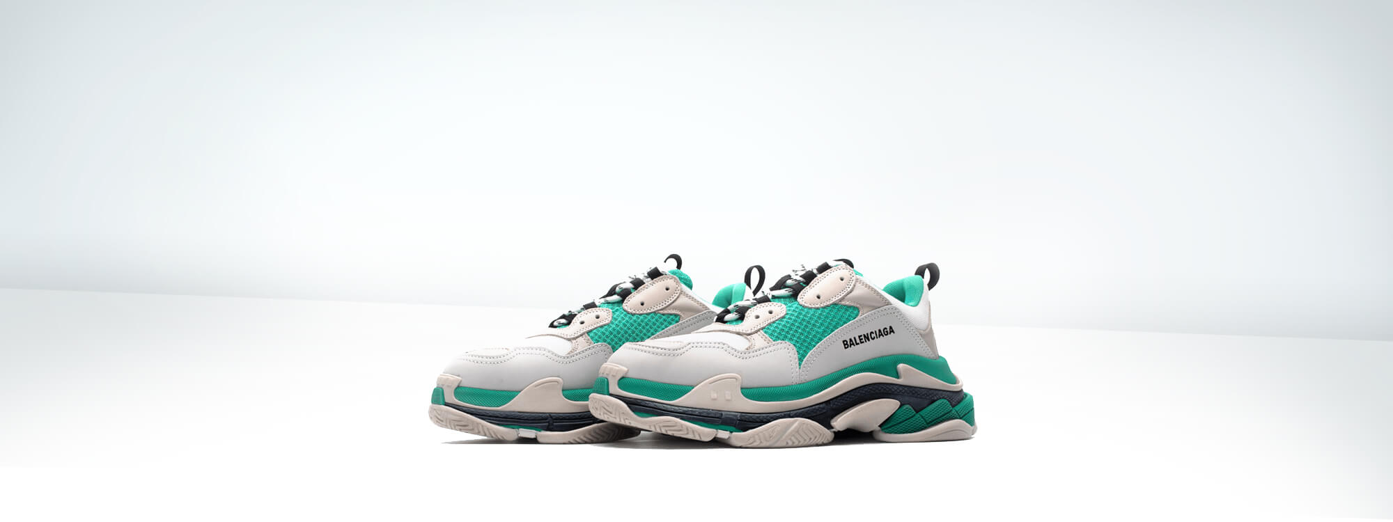Balenciaga  - Triple S White Green